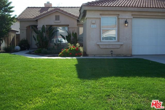 5331 Silvergate Street, Bakersfield, CA 93313 (MLS #18328270) :: The John Jay Group - Bennion Deville Homes