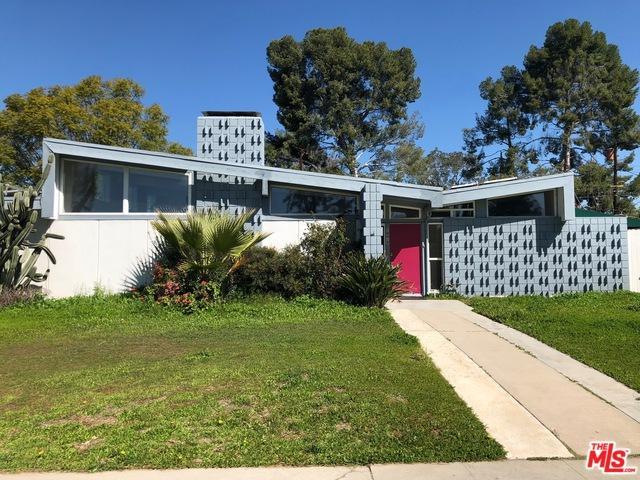 Northridge, CA 91325 :: Deirdre Coit and Associates