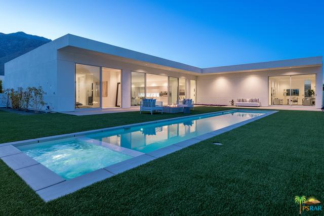 3091 Linea Terrace, Palm Springs, CA 92264 (MLS #18328738PS) :: Team Wasserman