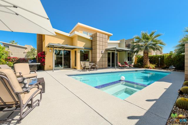 915 Oceo Circle, Palm Springs, CA 92264 (MLS #18329286PS) :: Brad Schmett Real Estate Group