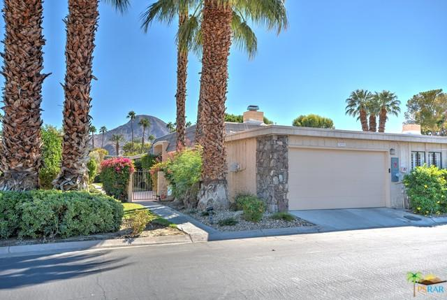 74975 Chateau Circle, Indian Wells, CA 92210 (MLS #18330540PS) :: The Jelmberg Team