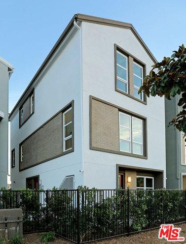 2700 E Chaucer Street #11, Los Angeles (City), CA 90065 (MLS #18330952) :: Hacienda Group Inc