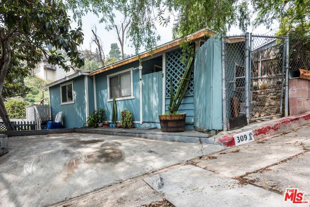 309 Crane Blvd., Los Angeles (City), CA 90065 (MLS #18332106) :: The John Jay Group - Bennion Deville Homes