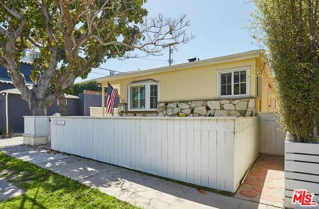 2615 Beach Avenue, Venice, CA 90291 (MLS #18332274) :: The John Jay Group - Bennion Deville Homes