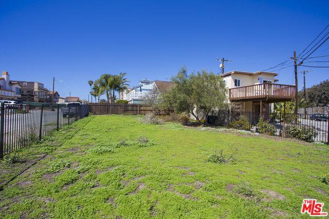 353 Hollywood Boulevard, Oxnard, CA 93035 (MLS #18332306) :: The John Jay Group - Bennion Deville Homes