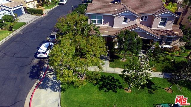 19949 Oakville Court, Northridge, CA 91326 (MLS #18332392) :: The John Jay Group - Bennion Deville Homes