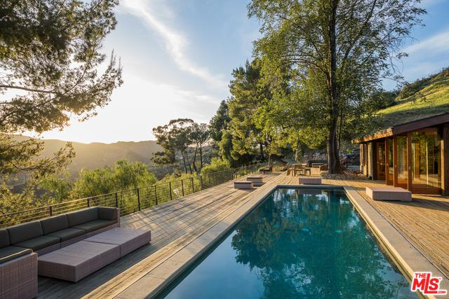 2096 Topanga Skyline Drive, Topanga, CA 90290 (MLS #18332526) :: The John Jay Group - Bennion Deville Homes