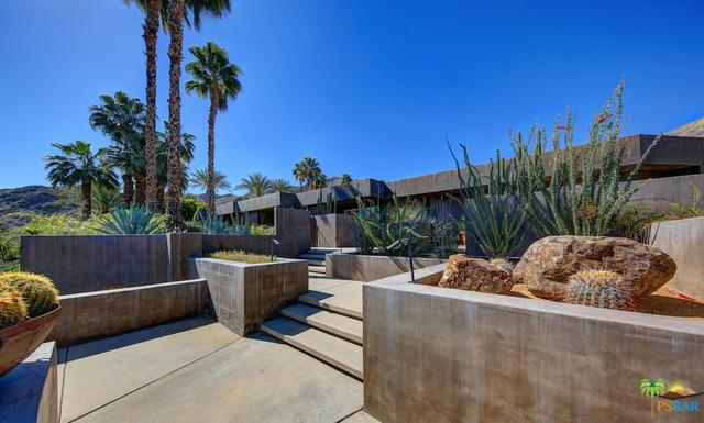 40830 Tonopah Road, Rancho Mirage, CA 92270 (MLS #18333084PS) :: The John Jay Group - Bennion Deville Homes