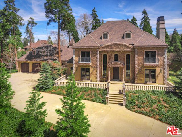 400 Cedar Ridge Drive, Lake Arrowhead, CA 92352 (MLS #18333430) :: The John Jay Group - Bennion Deville Homes