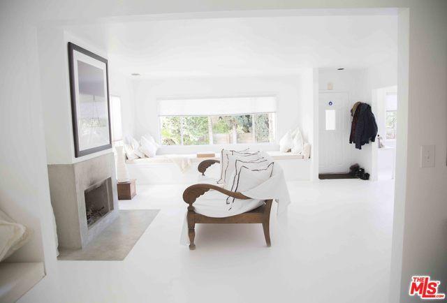 409 Westminster Avenue, Venice, CA 90291 (MLS #18334008) :: The John Jay Group - Bennion Deville Homes