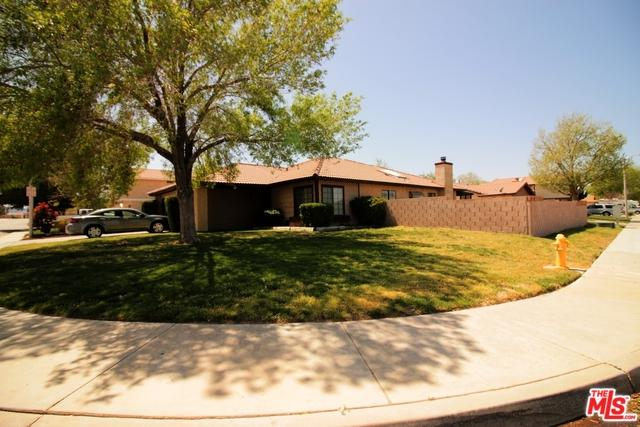 42859 21st W. Street, Lancaster, CA 93536 (MLS #18334064) :: The John Jay Group - Bennion Deville Homes