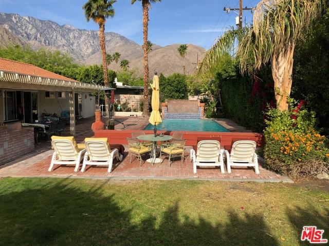 360 W Pico Road, Palm Springs, CA 92262 (MLS #18334474) :: Brad Schmett Real Estate Group