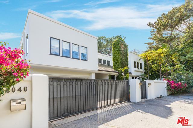 8040 Woodrow Wilson Drive, Los Angeles (City), CA 90046 (MLS #18334764) :: The John Jay Group - Bennion Deville Homes