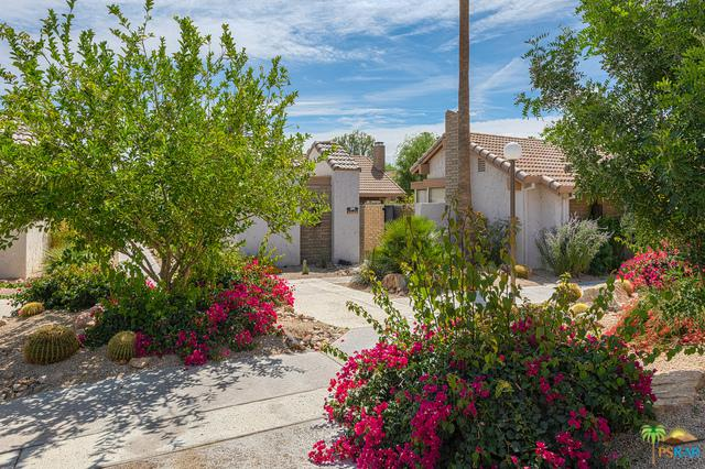 2441 S Gene Autry D, Palm Springs, CA 92264 (MLS #18335734PS) :: Hacienda Group Inc