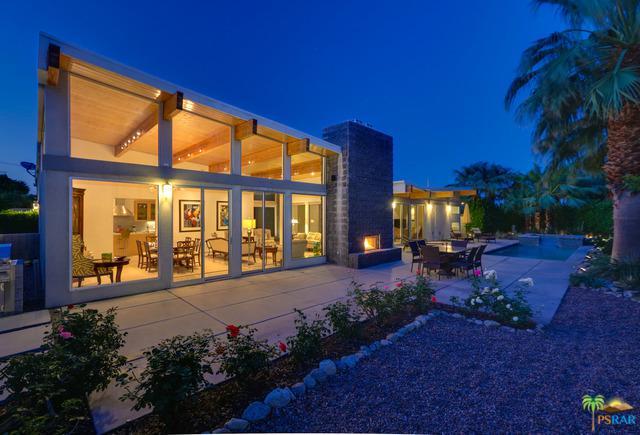 1701 Royal Palm Court, Palm Springs, CA 92262 (MLS #18335894PS) :: Brad Schmett Real Estate Group