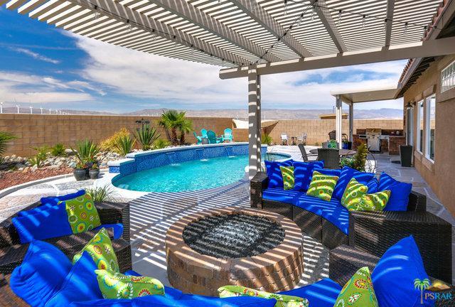 1068 Vista Sol, Palm Springs, CA 92262 (MLS #18337040PS) :: Team Wasserman