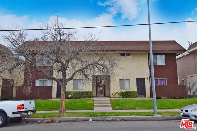21741 Lassen Street, Chatsworth, CA 91311 (MLS #18337818) :: Team Wasserman