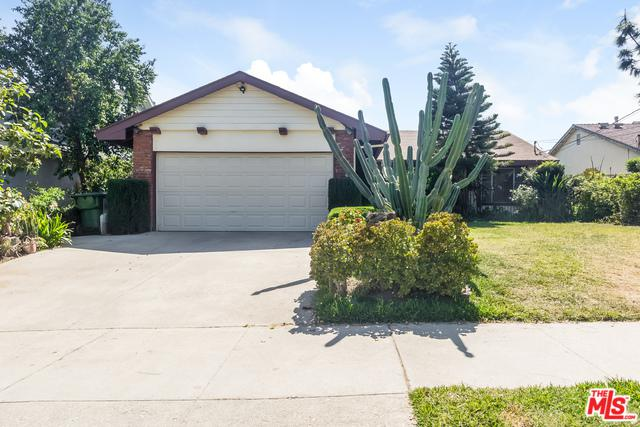 13207 De Garmo Avenue, Sylmar, CA 91342 (MLS #18338030) :: Team Wasserman
