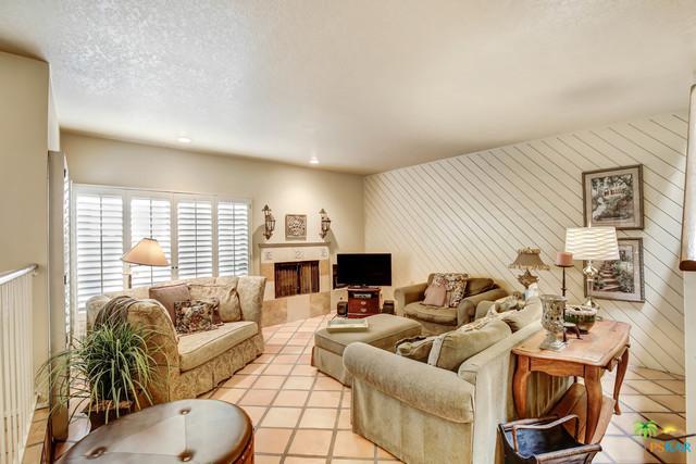 412 Rio Vista Drive, Palm Springs, CA 92262 (MLS #18338278PS) :: The John Jay Group - Bennion Deville Homes