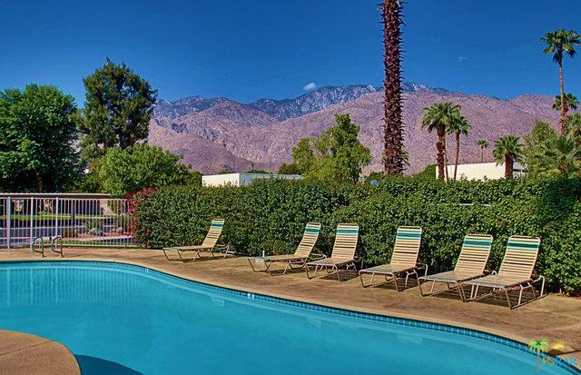 2001 E Camino Parocela D30, Palm Springs, CA 92264 (MLS #18339144PS) :: Deirdre Coit and Associates
