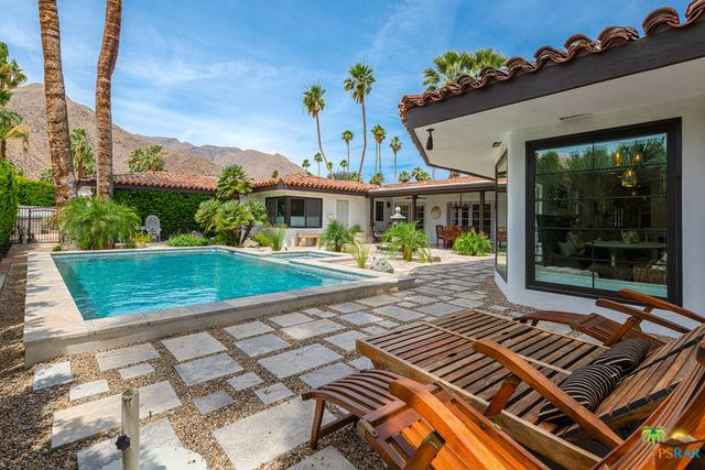 339 Vereda Norte, Palm Springs, CA 92262 (MLS #18339248PS) :: The John Jay Group - Bennion Deville Homes