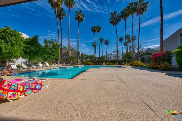 1100 E Amado Road 12A1, Palm Springs, CA 92262 (MLS #18340988PS) :: Deirdre Coit and Associates