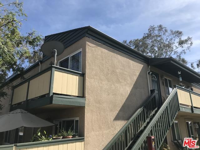 868 E Alvarado Street #7, Fallbrook, CA 92028 (MLS #18341194) :: The John Jay Group - Bennion Deville Homes