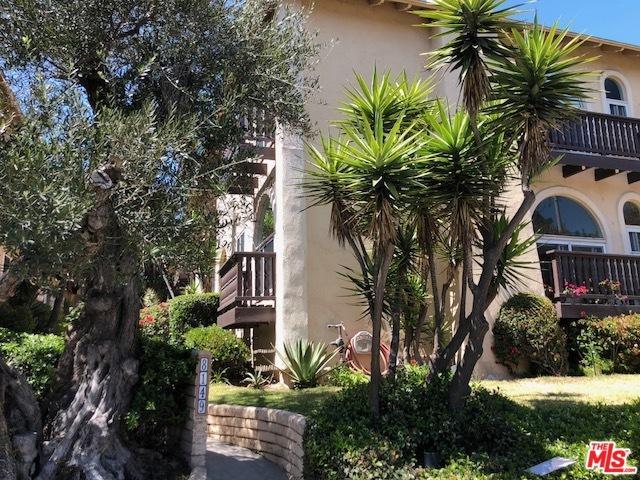 8149 Manitoba Street #1, Playa Del Rey, CA 90293 (MLS #18341352) :: Deirdre Coit and Associates