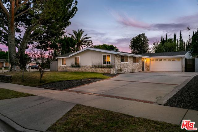12301 Lithuania Drive, Granada Hills, CA 91344 (MLS #18341634) :: Deirdre Coit and Associates