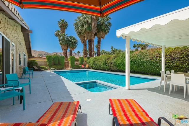 3306 E San Martin Circle, Palm Springs, CA 92264 (MLS #18341764PS) :: Team Wasserman