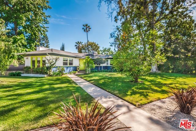 12236 Califa Street, Valley Village, CA 91607 (MLS #18341778) :: Deirdre Coit and Associates