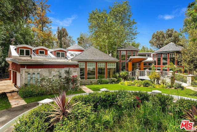20700 Northridge Road, Chatsworth, CA 91311 (MLS #18341864) :: Team Wasserman