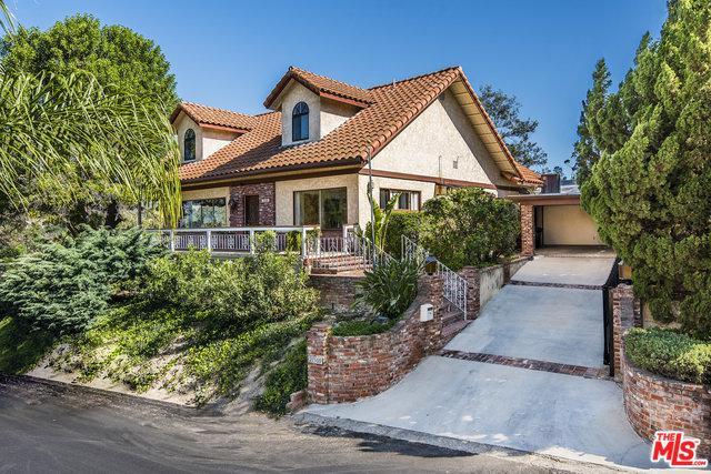 21500 Arcos Drive, Woodland Hills, CA 91364 (MLS #18342134) :: Deirdre Coit and Associates
