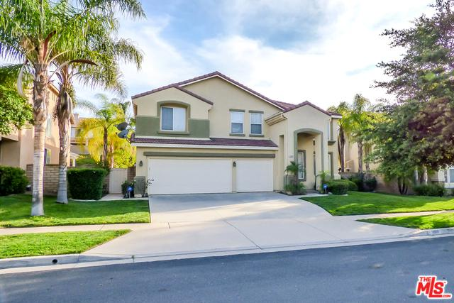 1860 Willowbluff Drive, Corona, CA 92883 (MLS #18342146) :: Deirdre Coit and Associates