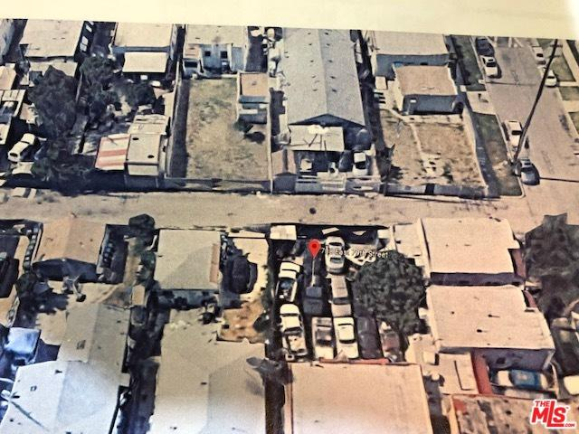 708 E 79th Street, Los Angeles (City), CA 90001 (MLS #18342868) :: Deirdre Coit and Associates