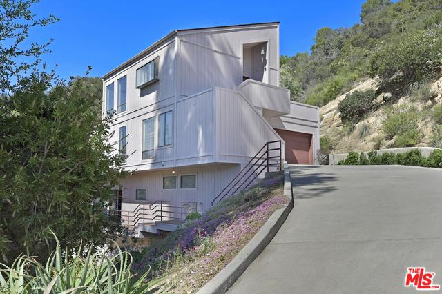 21144 Hillside Drive, Topanga, CA 90290 (MLS #18343204) :: Team Wasserman