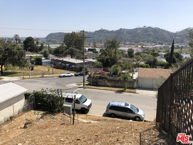 1707 Isabel Street, Los Angeles (City), CA 90065 (MLS #18343990) :: Team Wasserman