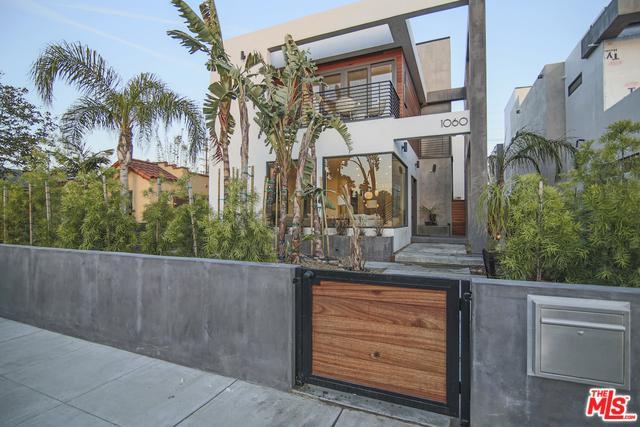 1060 Palms, Venice, CA 90291 (MLS #18344570) :: Team Wasserman
