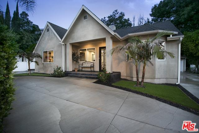 3931 Coldwater Canyon Avenue, Studio City, CA 91604 (MLS #18345216) :: Deirdre Coit and Associates