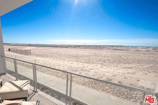 5209 Ocean Front #203, Marina Del Rey, CA 90292 (MLS #18345312) :: Deirdre Coit and Associates
