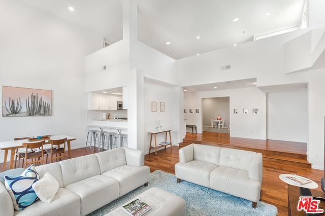 12011 Goshen Avenue #305, Los Angeles (City), CA 90049 (MLS #18345546) :: Deirdre Coit and Associates