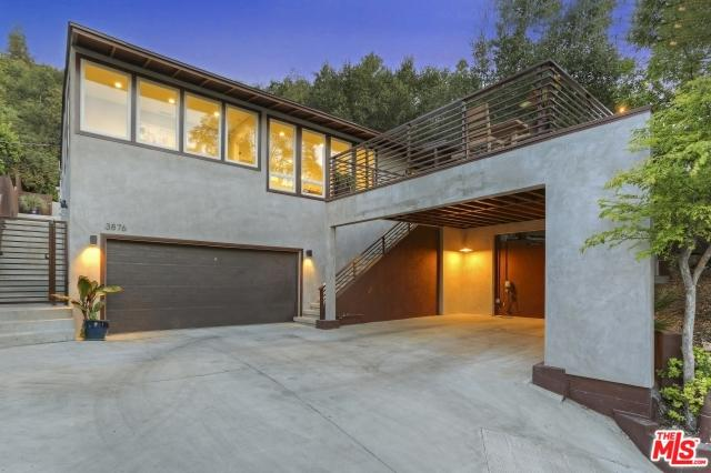 3876 Reklaw Drive, Studio City, CA 91604 (MLS #18345588) :: Deirdre Coit and Associates