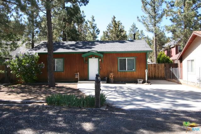 320 E Mountain View, Big Bear, CA 92314 (MLS #18345668PS) :: Team Wasserman