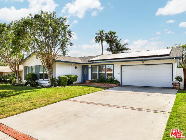 11243 Mclennan Avenue, Granada Hills, CA 91344 (MLS #18345870) :: Deirdre Coit and Associates