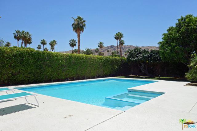 1832 Via Isla, Palm Springs, CA 92264 (MLS #18346140PS) :: Brad Schmett Real Estate Group