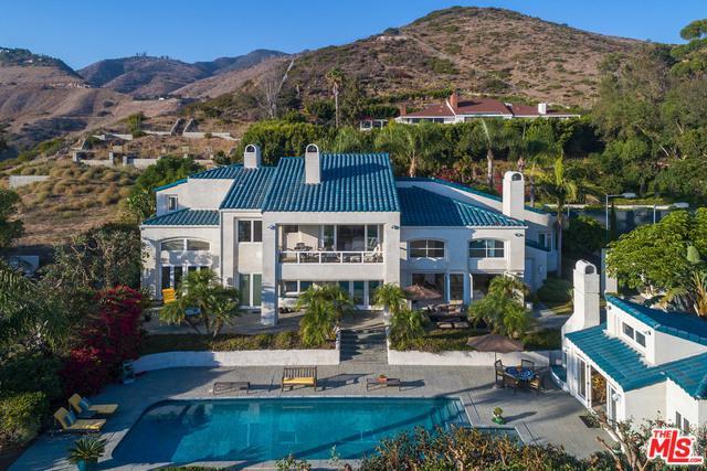 27017 Sea Vista Drive, Malibu, CA 90265 (MLS #18346256) :: Team Wasserman