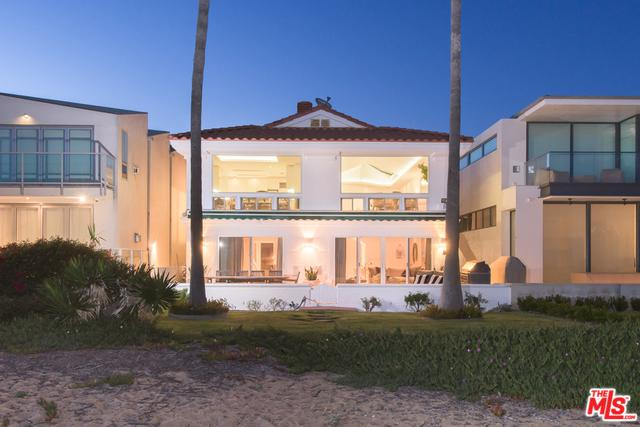 2104 E Oceanfront, Newport Beach, CA 92661 (MLS #18346302) :: Hacienda Group Inc