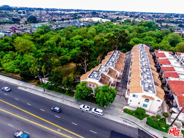 17125 S Vermont Avenue #2, Gardena, CA 90247 (MLS #18347140) :: Hacienda Group Inc