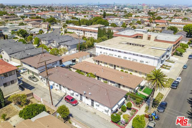 1066 W 12th Street, San Pedro, CA 90731 (MLS #18347602) :: Hacienda Group Inc