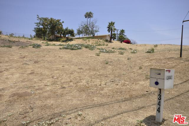 13441 Foothill Boulevard, Sylmar, CA 91342 (MLS #18348458) :: Hacienda Group Inc